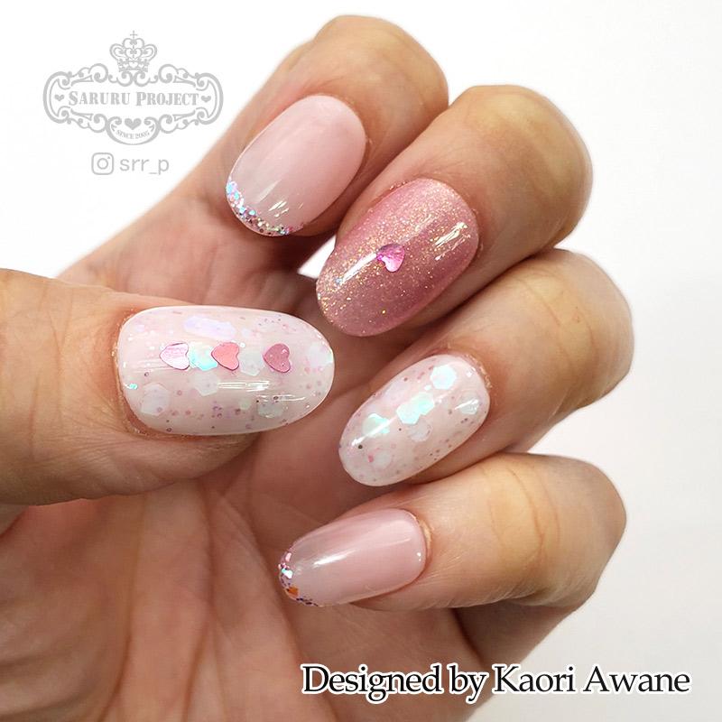 乳白色ホロネイル ピンク